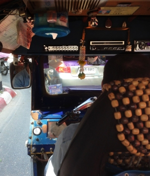 tuktukChmai4